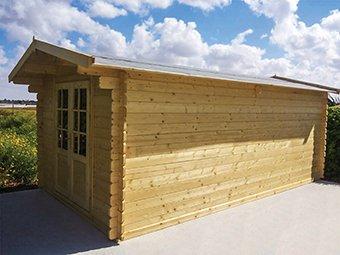 מבנה איכותי בנוי מעץ אשוחית