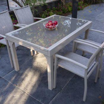 שולחן אלומיניום נפתח